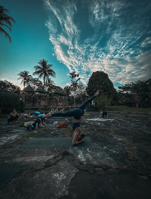 vinyasa Moksha yoga amazonica yoga peru ytt